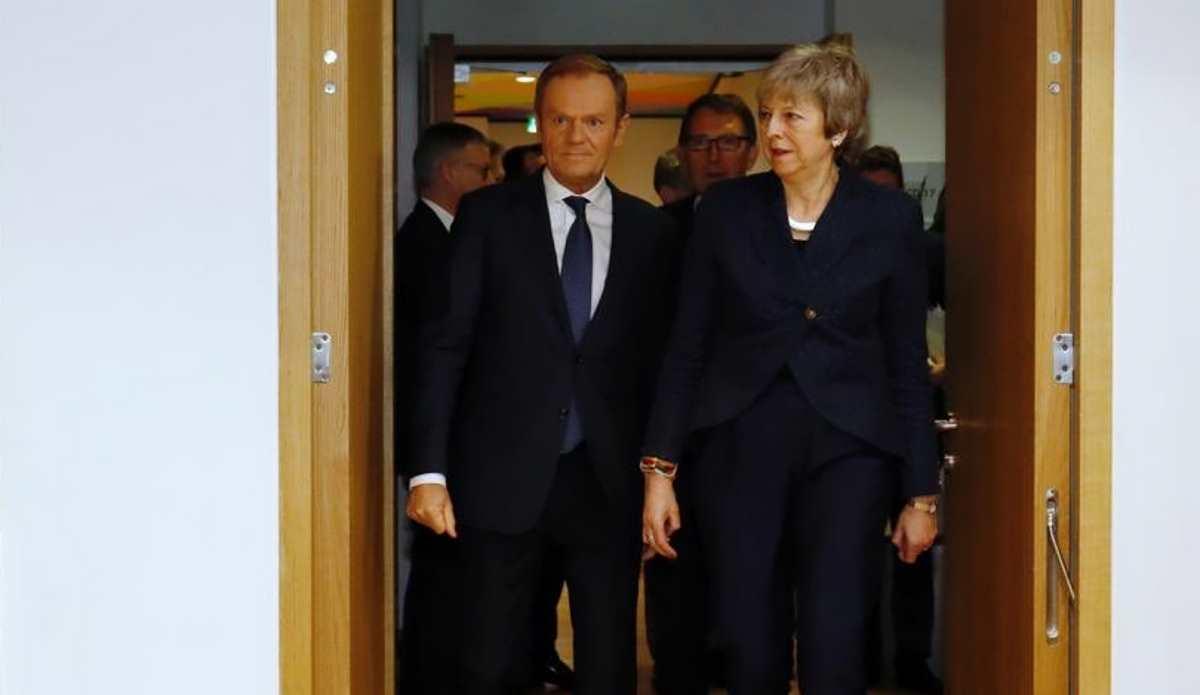 La May chiede aiuto a Bruxelles, ma ancora non c'è una svolta in vista anche se i negoziati continueranno