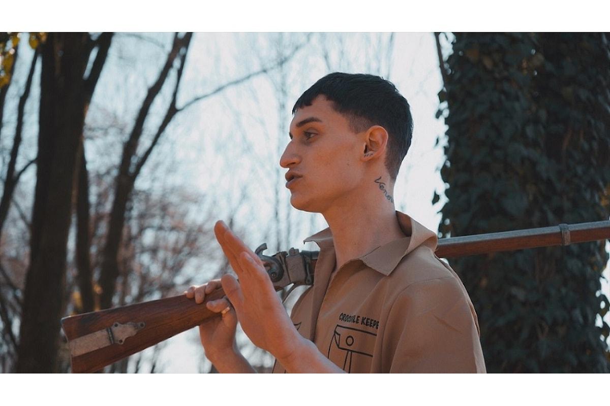 """Big Brown, un trapper """"khaki scout"""": il video di """"Uh mama"""""""
