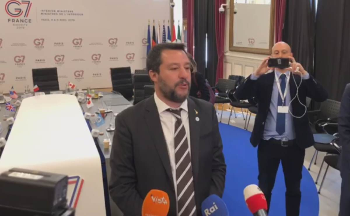 Secondo Salvini la Alan Kurdi avrebbe messo a rischio la vita di decine di persone