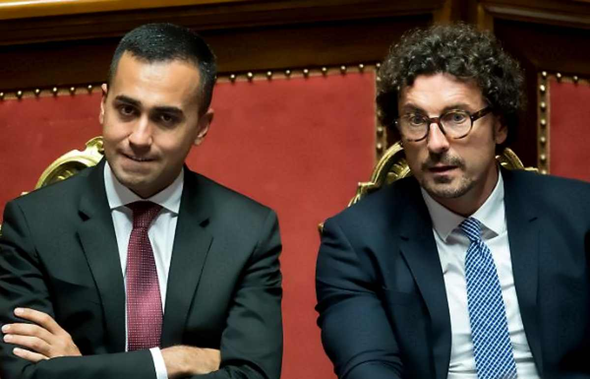 Alitalia privatizzata entro il 30 aprile? Nessuno però sa chi dovrebbe acquisire il 40% del capitale