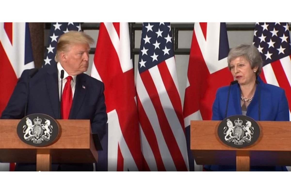 Trump alla May: esci dall'Ue e si apriranno enormi possibilità commerciali con gli Usa