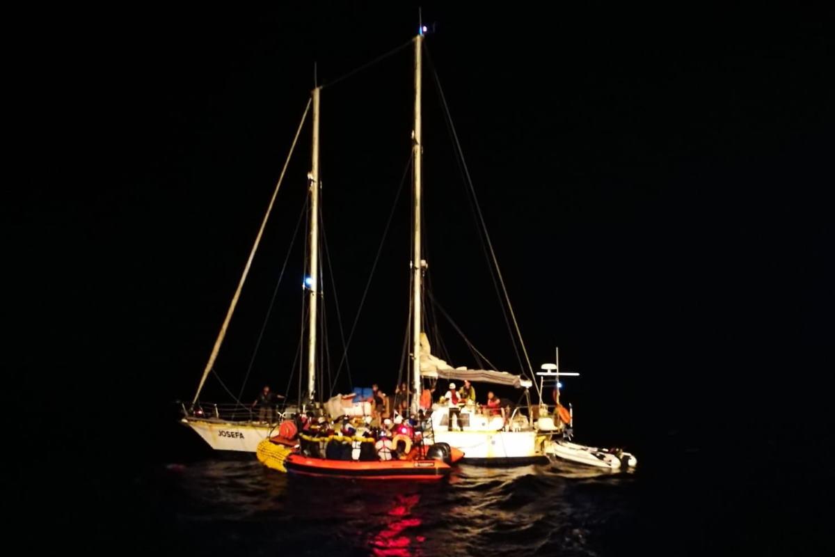 Altri 34 migranti adesso a bordo della Ocean Viking