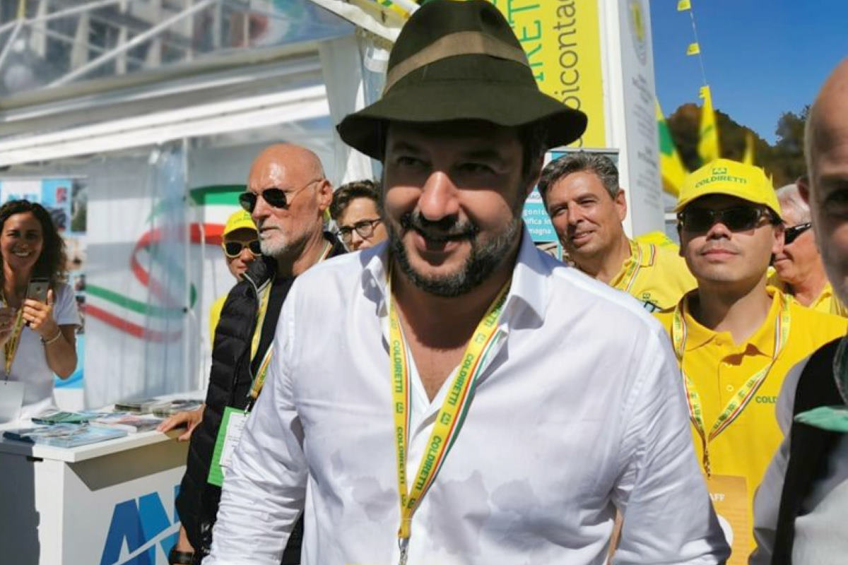 Salvini: mi dispiace... ma io so' io... e voi non siete un...
