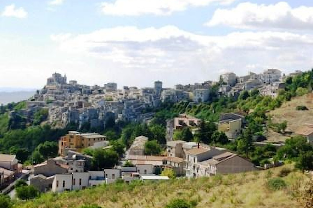 """""""Il Borgo più bello d'Italia in uno scatto"""". Un concorso fotografico per esaltare le bellezze di Petralia Soprana"""