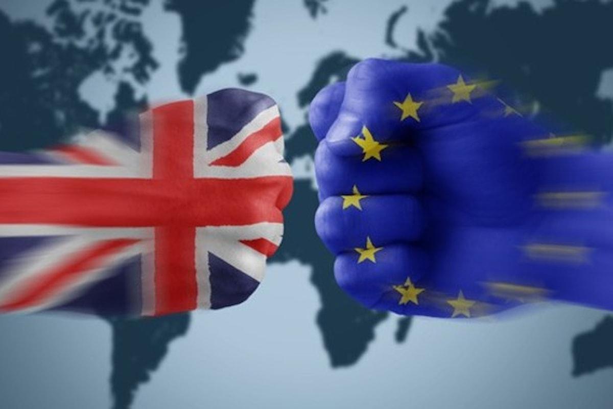 Il Regno Unito e le elezioni anticipate sotto l'albero di Natale