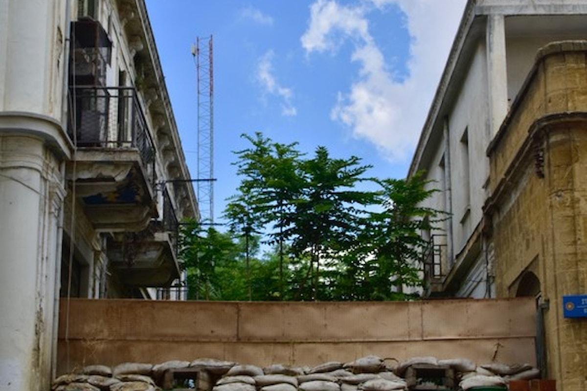 Amore & Viaggi - Piccola storia di ordinario turismo - Cipro, un muro che non è caduto