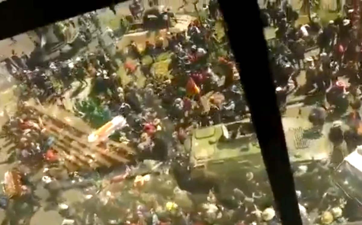 In Bolivia si discute quando e come celebrare le nuove elezioni presidenziali, ma i disordini non sembrano placarsi