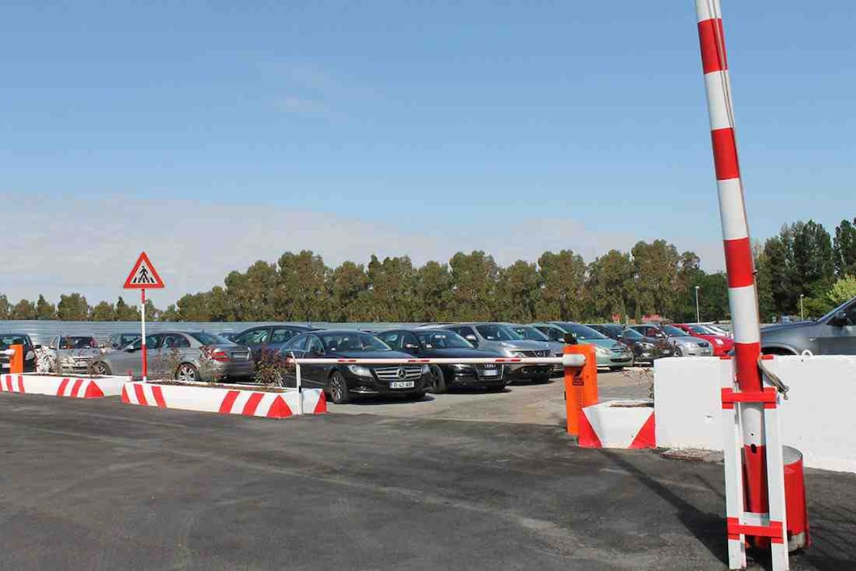 Milazzo (ME) - Parcheggio nell'area di via XX Settembre, 12 astensioni su 12 presenti e bocciatura in Aula