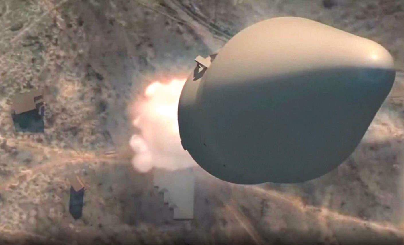 Mosca ha annunciato che il primo missile ipersonico è entrato in servizio