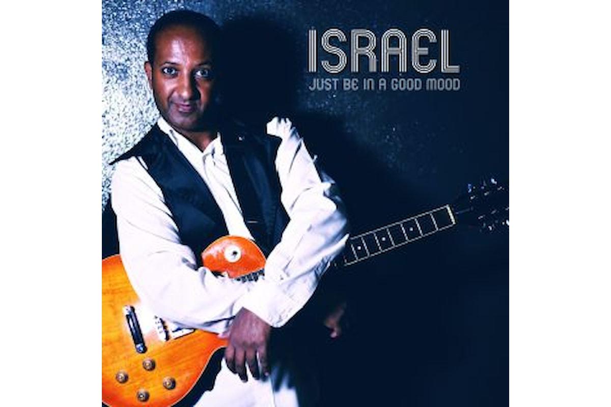 """Israel """"JUST BE IN A GOOD MOOD"""" è il nuovo singolo del caleidoscopico artista"""