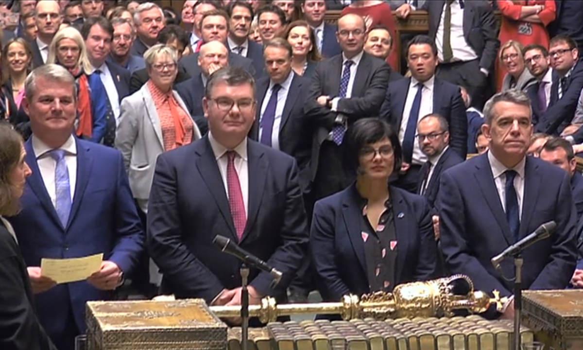 Il nuovo Parlamento britannico approva il primo passo verso la Brexit
