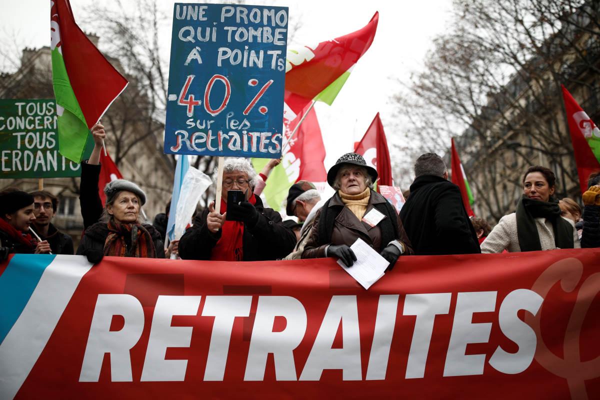 5 dicembre, la Francia si ferma per lo sciopero generale contro la riforma delle pensioni di Macron