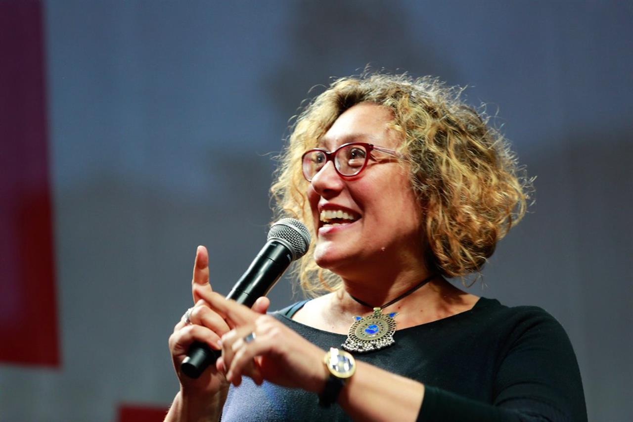 Un futuro senza paura è un futuro senza armi. Intervista a Rossella Miccio, presidente di Emergency