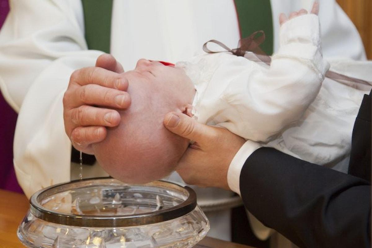 Battesimi in Francia. Nuove direttive LGBT-Friendly