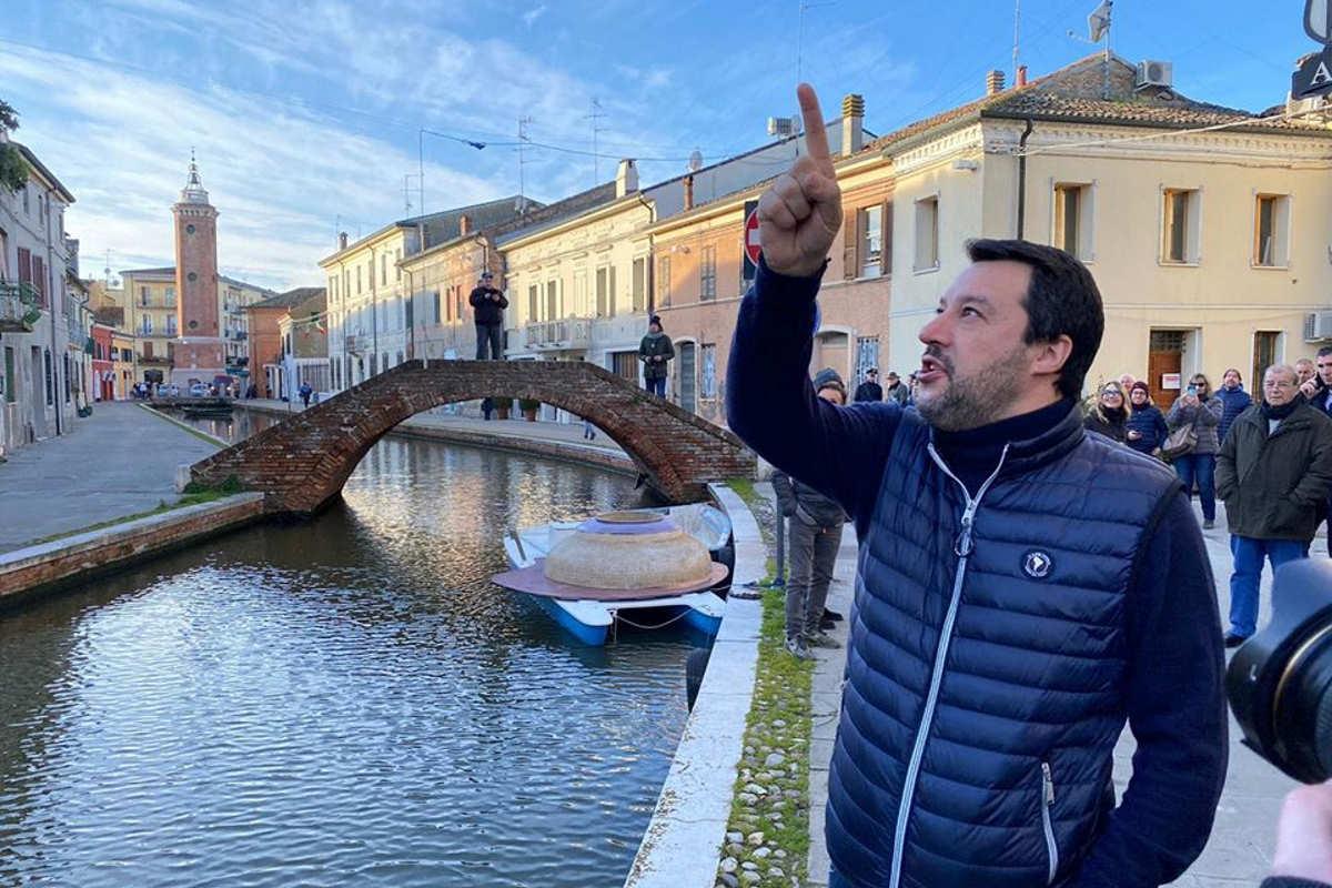 La Giunta delle immunità del Senato dice sì al processo per Salvini con il voto dei leghisti