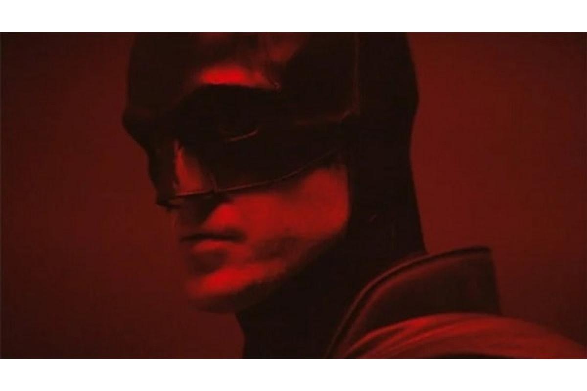 The Batman: ecco il primo video UFFICIALE di Robert Pattinson con il costume del supereroe