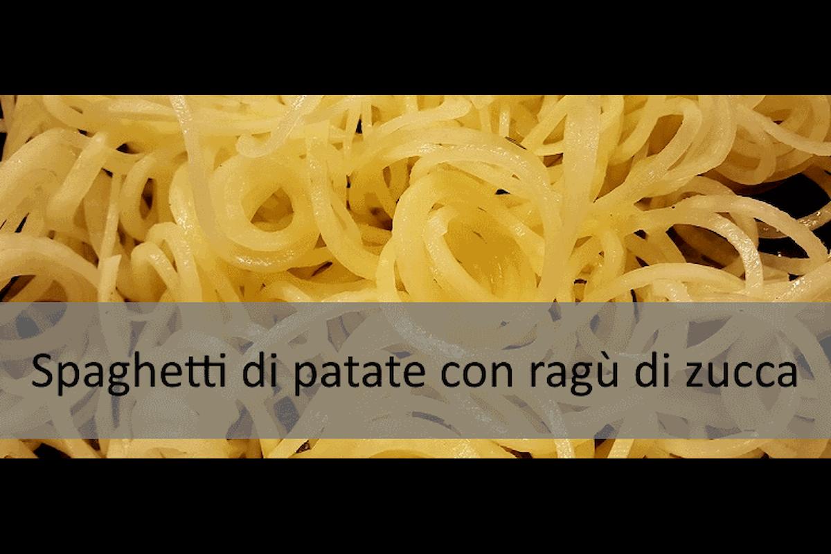 Ricetta senza glutine: Spaghetti di patate con ragù di zucca