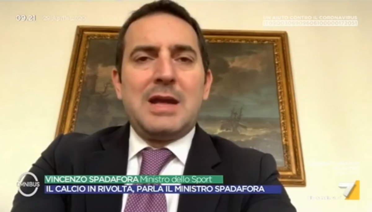 Il ministro dello Sport: vedo il sentiero per la ripresa della Serie A sempre più stretto