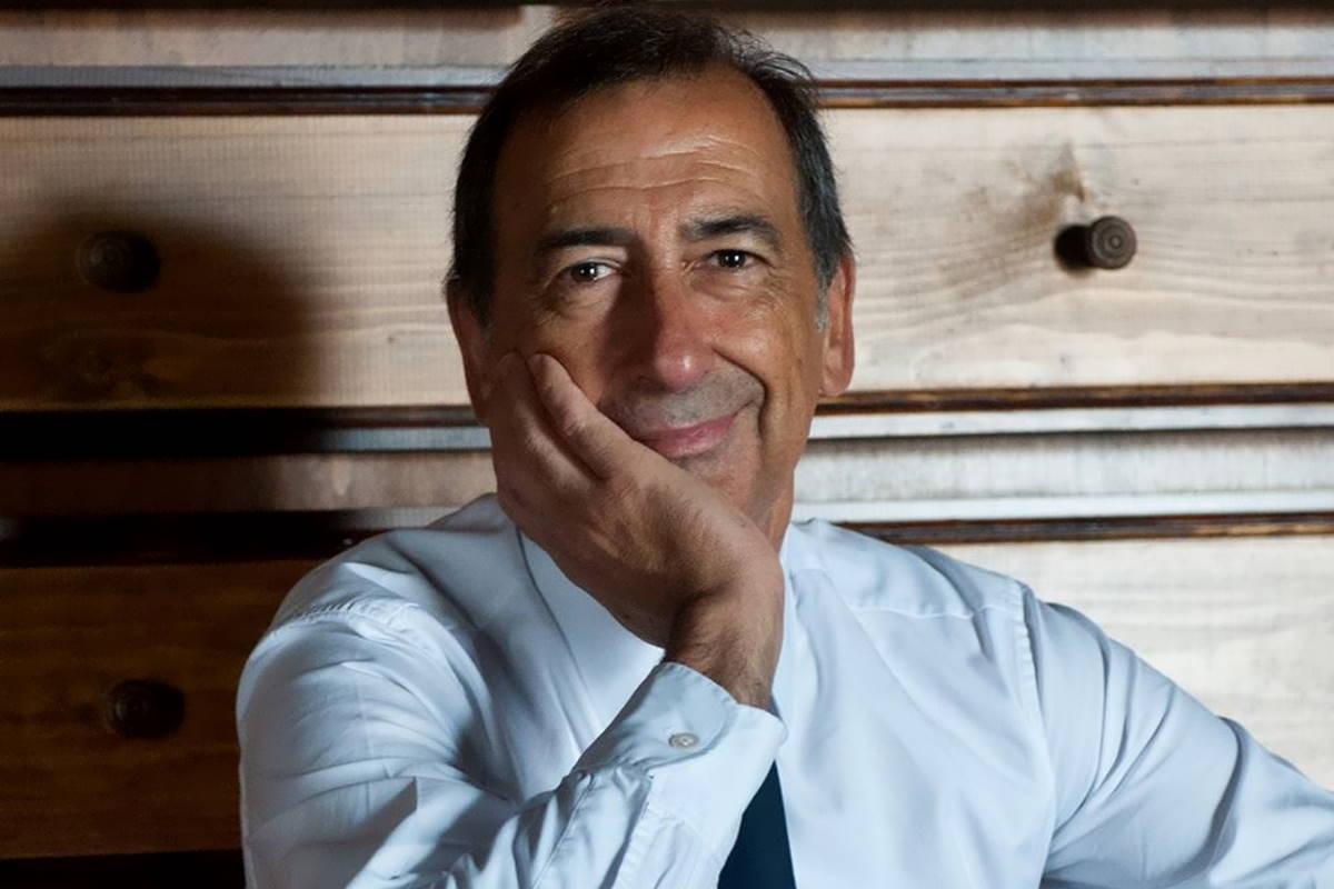 Continua la polemica sulla gestione dell'emergenza Covid tra alcuni sindaci lombardi e il presidente Attilio Fontana