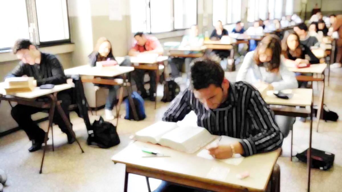Scuola: ecco come si svolgeranno gli esami di maturità