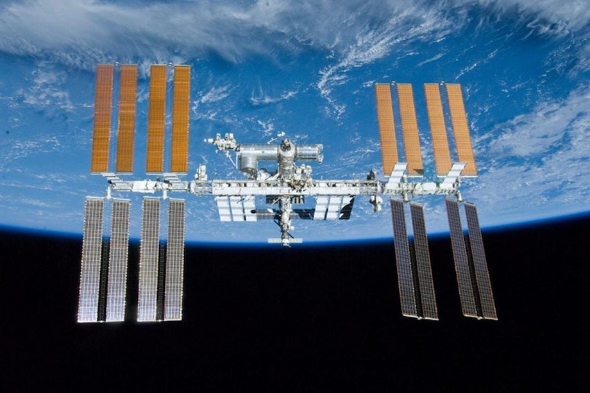 L'attracco della capsula Crew Dragon alla Stazione Spaziale in diretta streaming