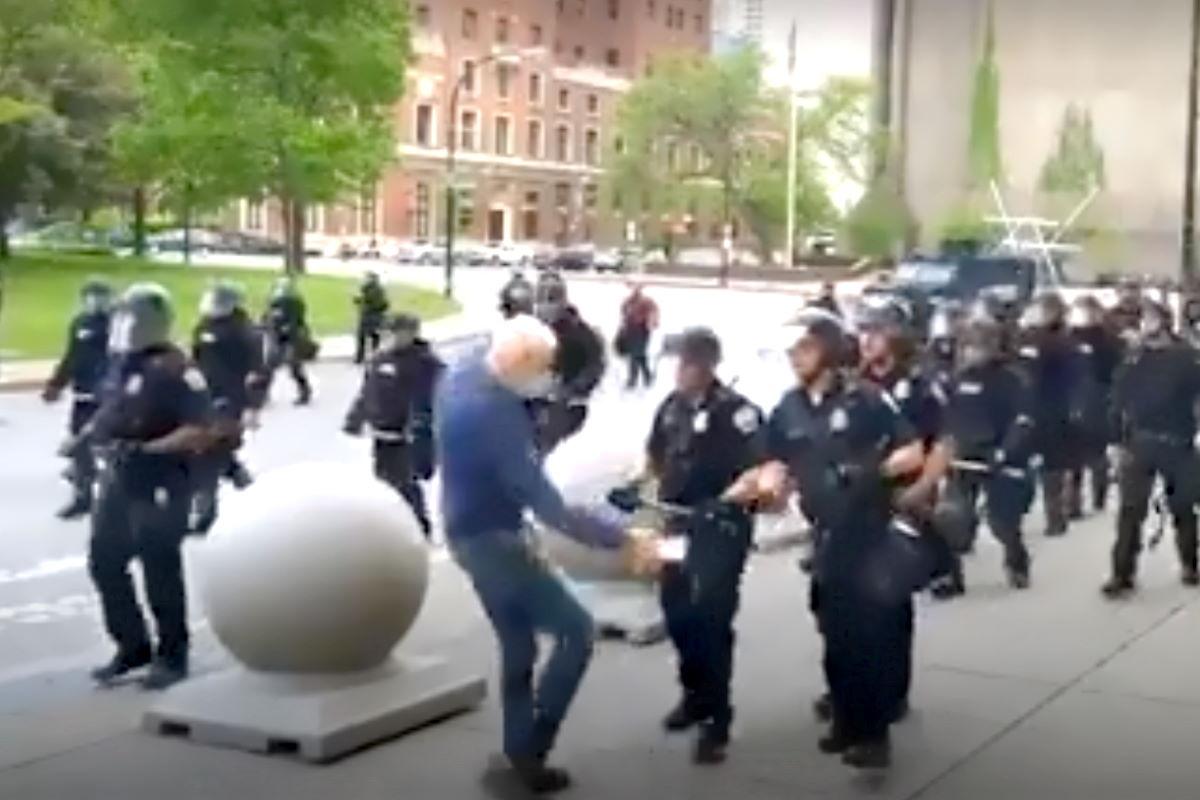 Si è tenuta a Minneapolis la prima commemorazione di George Floyd, ma le violenze della polizia continuano