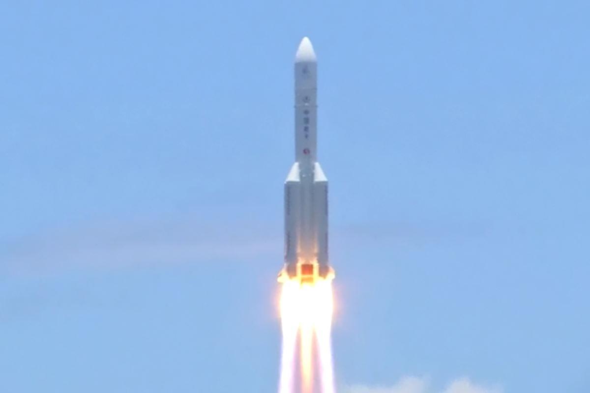 Dallo spazioporto di Wenchang è partita con successo la prima missione cinese su Marte