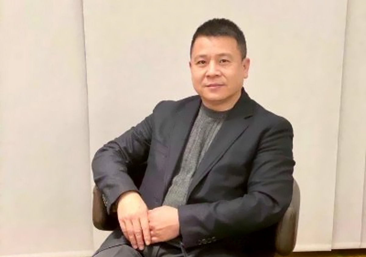A breve ne sapremo di più sulla provenienza dei soldi di Yonghong Li per l'acquisto del Milan?