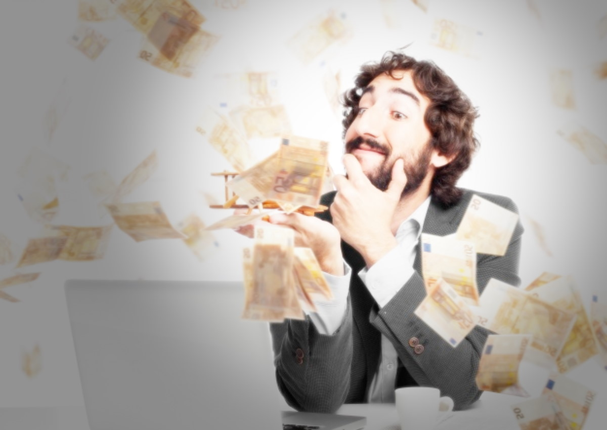 I soldi non bastano mai, così 5 parlamentari hanno chiesto e ottenuto il bonus da 600 euro per l'emergenza Covid