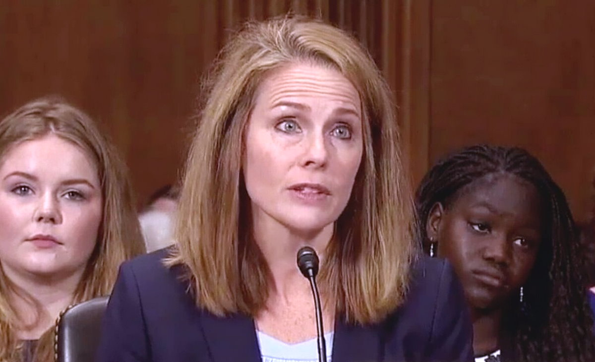 Trump ha scelto Amy Coney Barrett per sostituire Ruth Bader Ginsburg alla Corte Suprema degli Stati Uniti