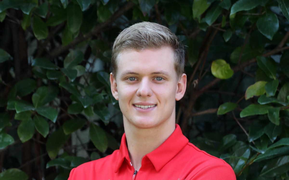 Formula 1, giovani piloti crescono: al prossimo gran premio Mick Schumacher debutterà su una Ferrari