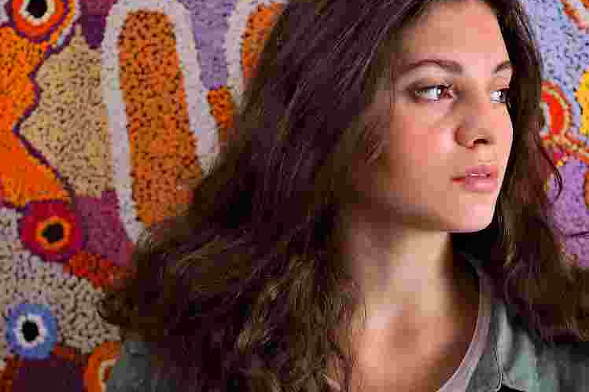 """Sofia Zaros: """"Un domani"""", """"My tomorrow"""" è il singolo d'esordio della giovanissima cantautrice di origini italiane e di formazione internazionale"""