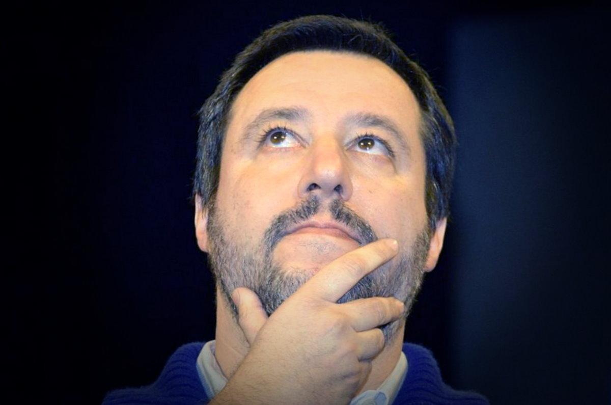 Il cretino secondo Matteo Salvini