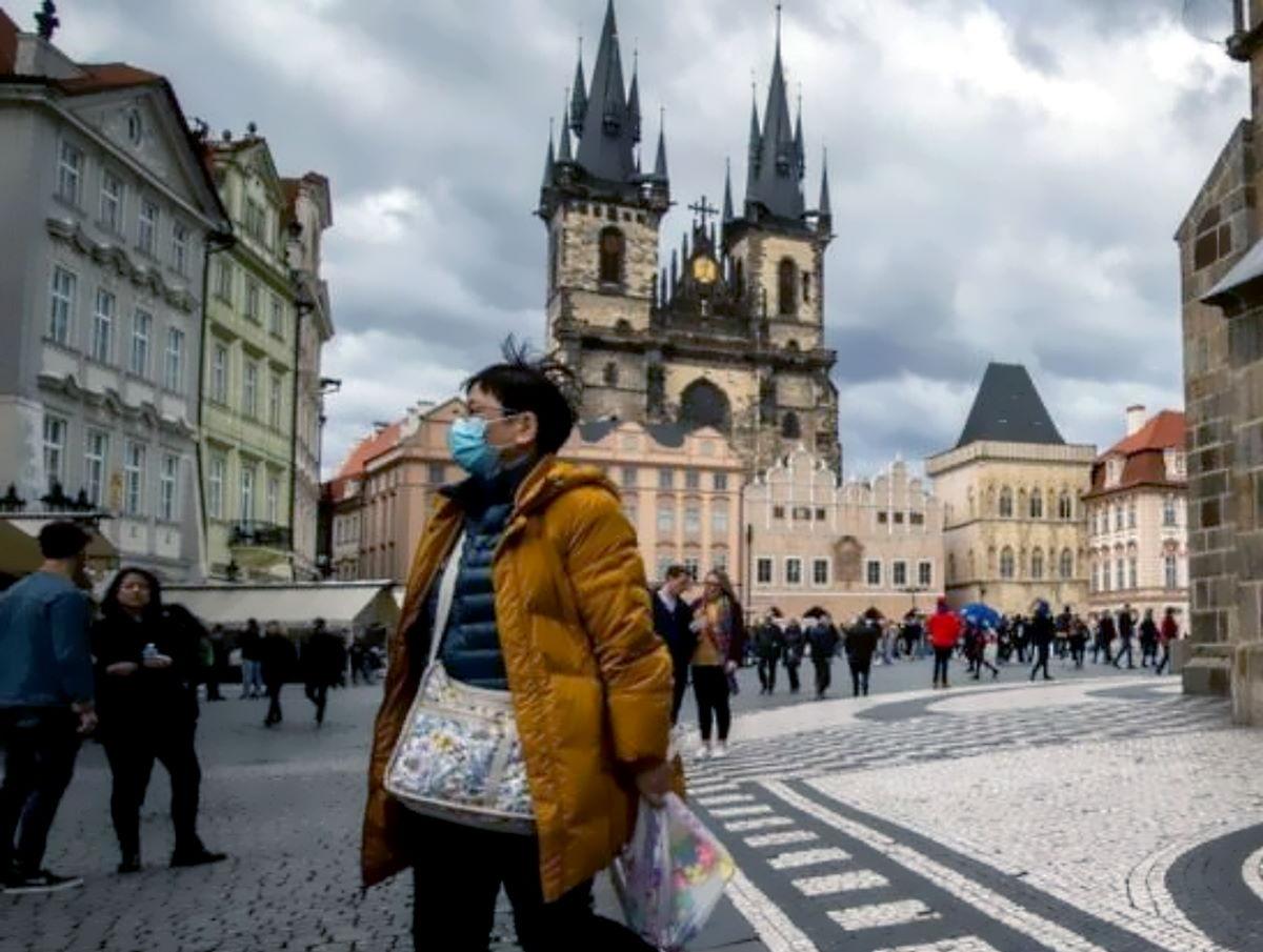 I dati Covid della Repubblica Ceca ci indicano la pericolosità della seconda ondata e quelli di Israele l'inevitabilità di un nuovo lockdown