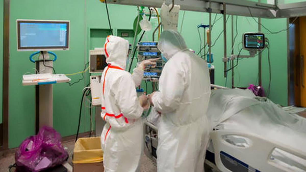 Covid al 16 novembre: prosegue il calo dei nuovi casi, ma aumenta ancora il contagio, stabile il numero dei decessi
