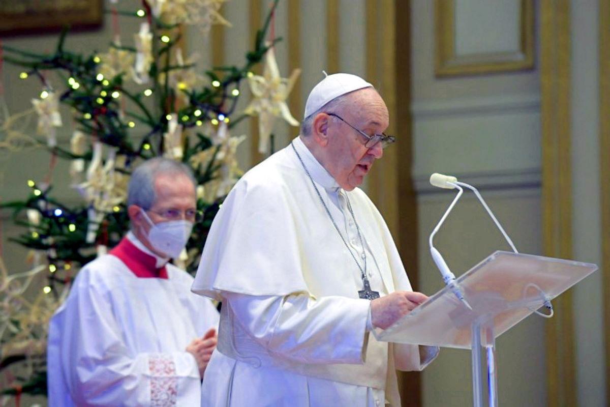 La fraternità vera di Francesco nel messaggio Urbi et Orbi per il Natale 2020