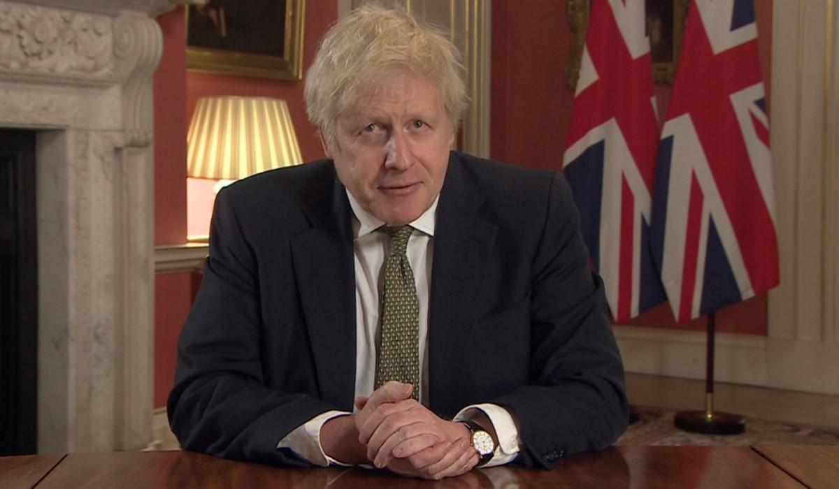 Covid, situazione preoccupante in Gran Bretagna e il premier Johnson annuncia un altro lockdown nazionale