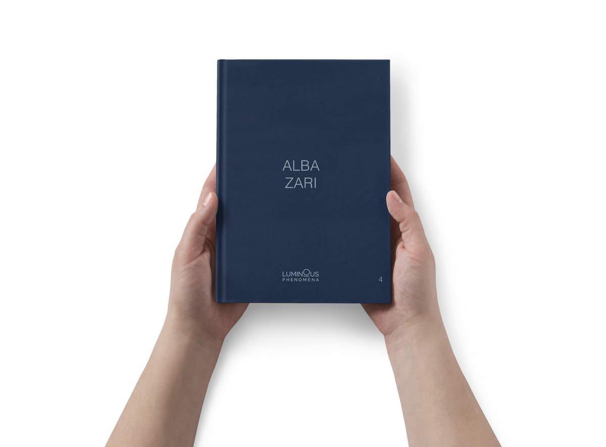 Per la collana Luminous phenomena (NFC Edizioni), il quarto volume dedicato ad Alba Zari