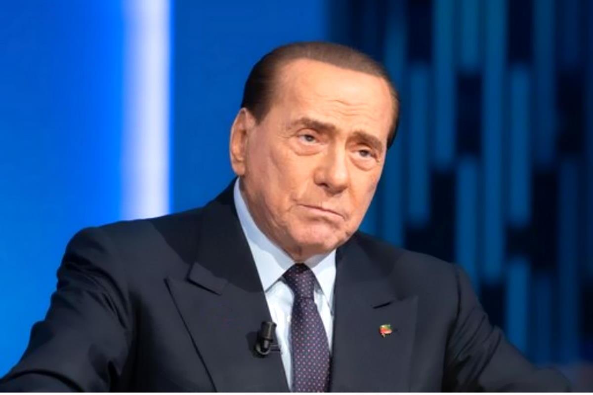 La sfortunato caso di Silvio Berlusconi che si sente male in occasione di ogni udienza del Ruby ter