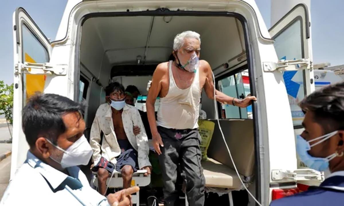 Delhi costretta ad andare in lockdown per una settimana a causa dell'impennata di nuovi casi Covid