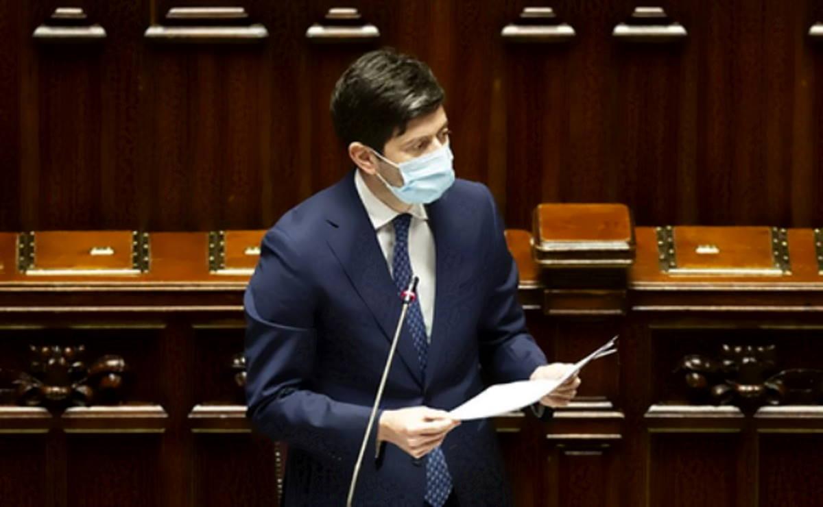 Pandemia: Speranza alla Camera prospetta l'inizio di una possibile fase diversa