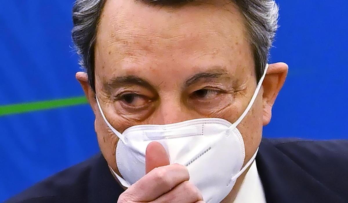 Draghi ostaggio della Lega? L'assurdo salvataggio di Durigon