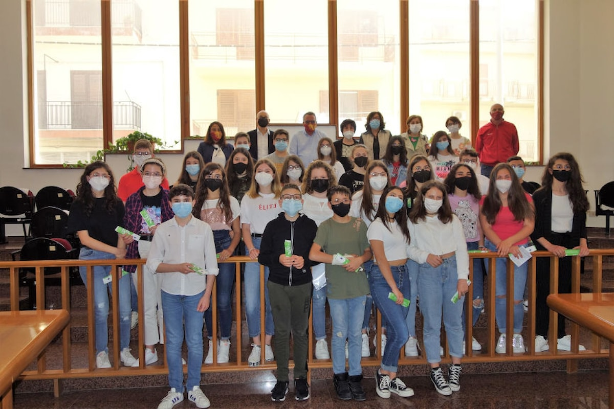 """Unione Madonie, presentato dagli alunni della Scuola di Castellana Sicula il report del progetto """"Giovani Monitori Civici"""""""