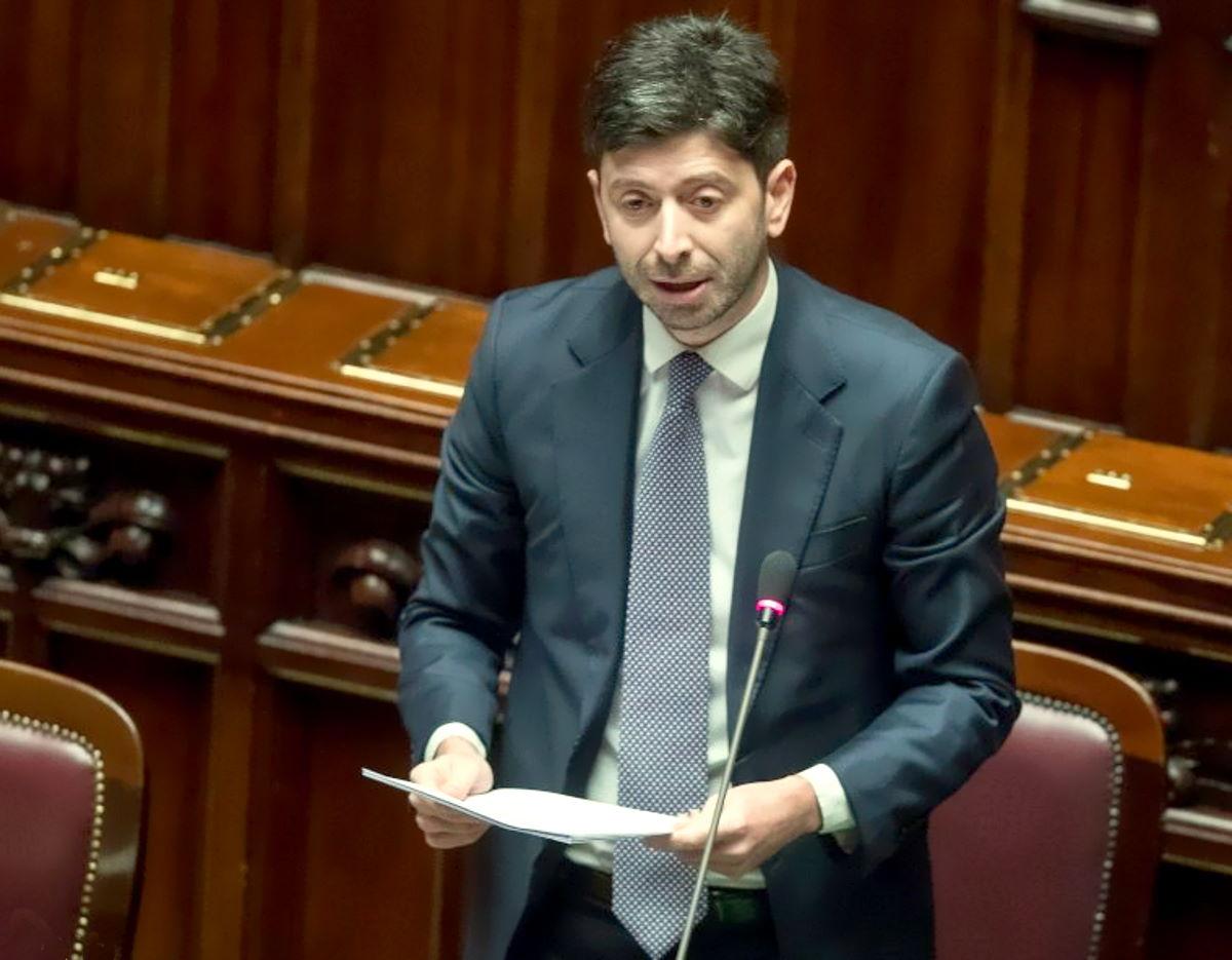 Speranza al question time al Senato: Alle ore 7 di questa mattina in Italia erano stati scaricati 41,3 milioni di green pass