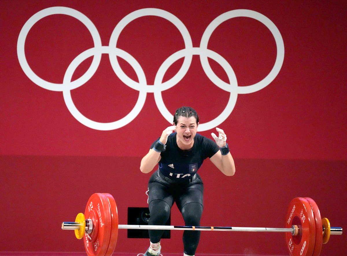 Tokyo: è arrivata la prima medaglia di sempre nel sollevamento pesi femminile