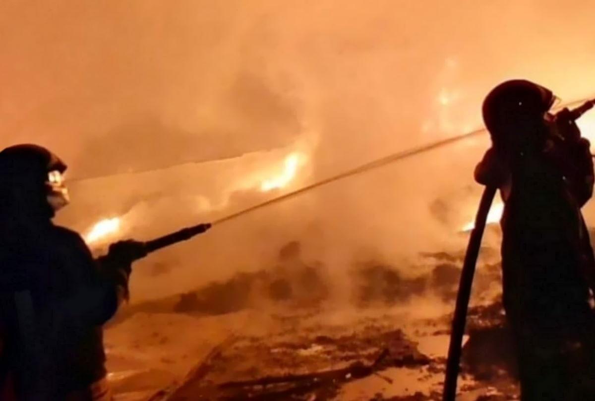 Allarmismo ingiustificato per un incendio in una ex discarica nel comune di Giugliano