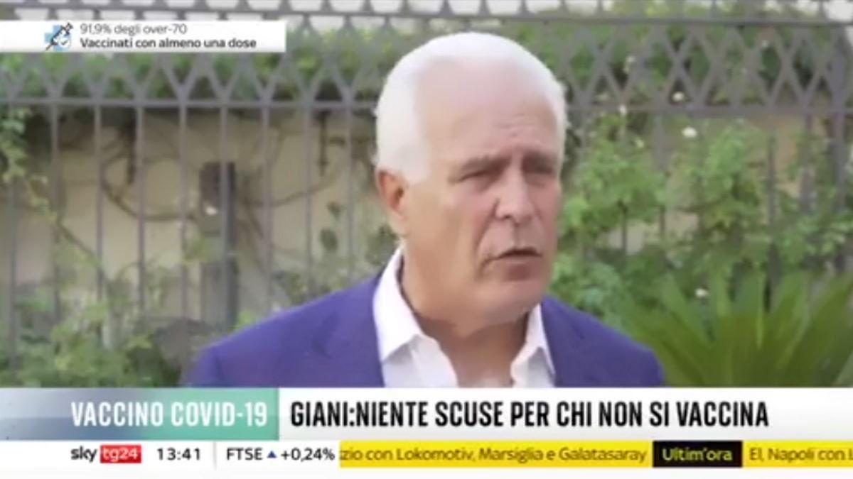 Giani, presidente della regione Toscana, annuncia l'invio di 4.500 lettere di sospensione per i sanitari no vax