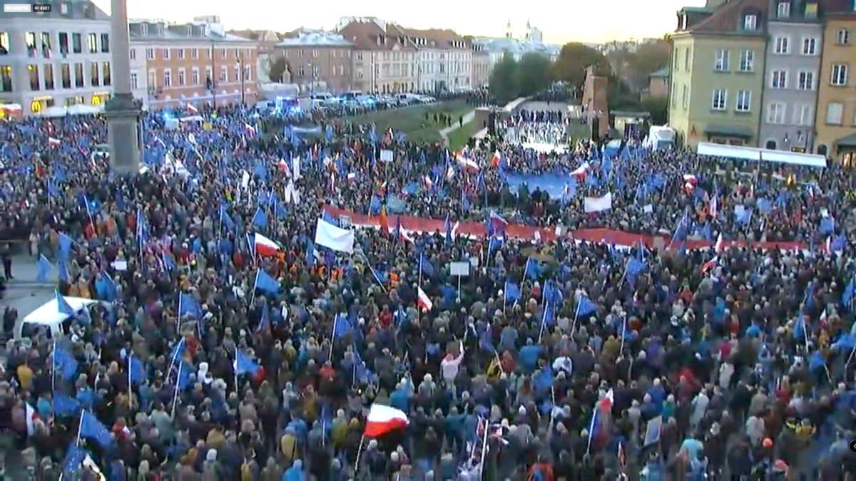 I polacchi sono scesi in piazza contro la Polexit