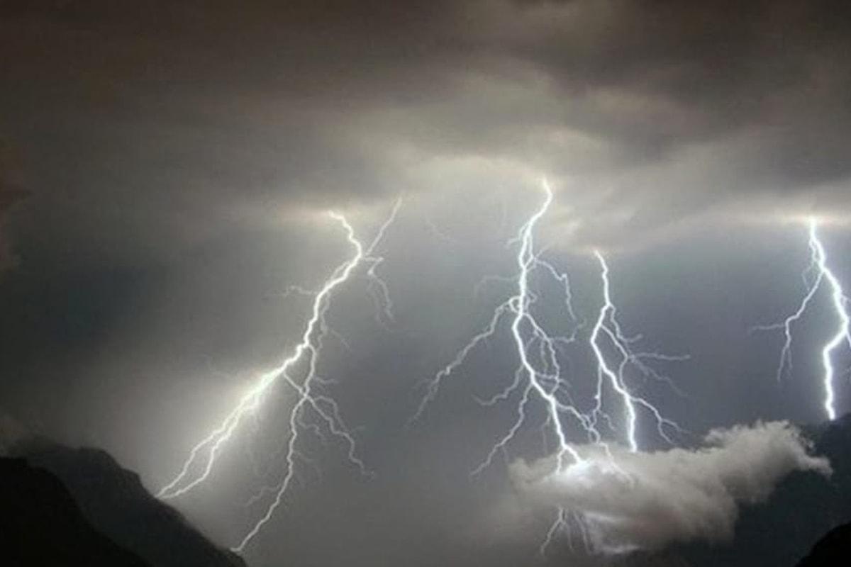 Allerta meteo Campania martedì 17 luglio, possibili temporali e vento forte