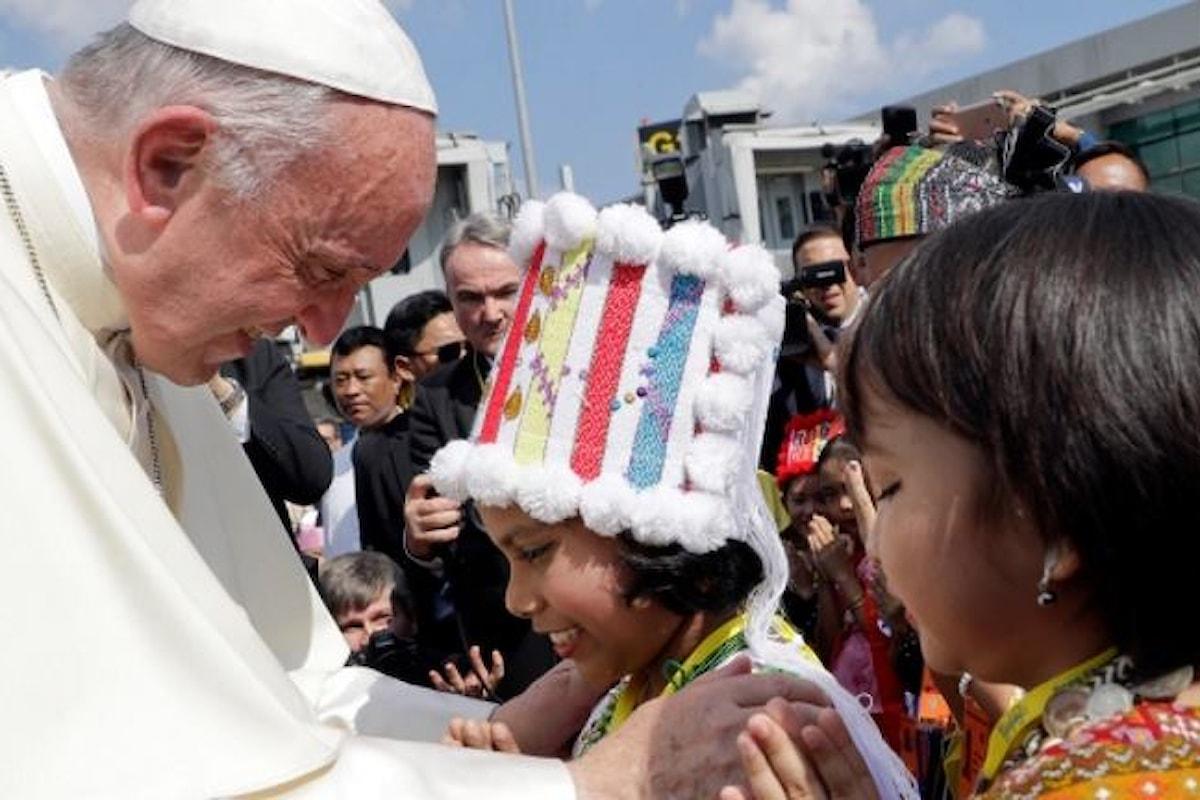 La visita del Papa in Myanmar, una speranza per i giovani di quel Paese